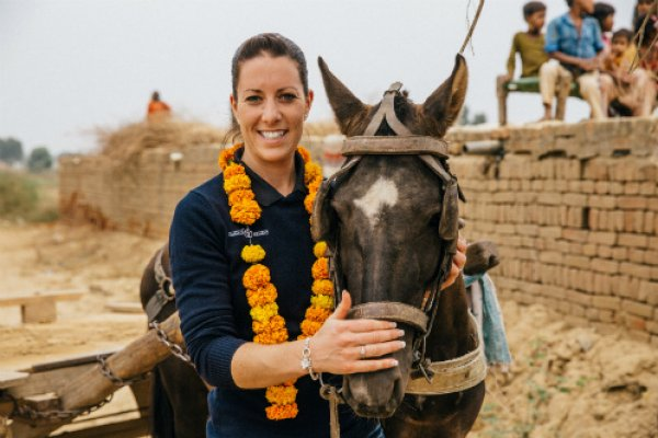 Charlotte DuJardin meets a brick kiln horse in India