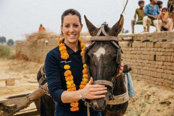 Charlotte DuJardin meets a brick kiln horse in India