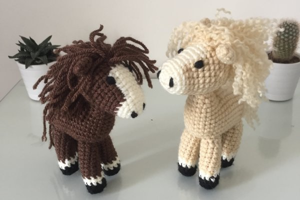 Harry horse and friend