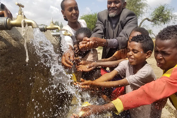 A water pump in the community