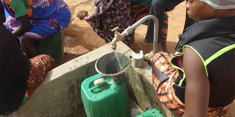 A water pump in action