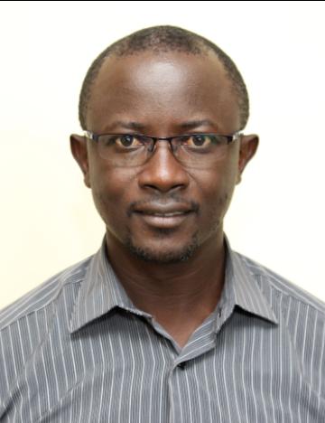 Dr Vincent Oloo